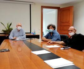 Συνάντηση του Δημάρχου Αμαρουσίου με τον Πρόεδρο της Πανελλήνιας Ένωσης Κεραμιστών και Αγγειοπλαστών Ν. Βαλλάτο