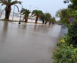 Την Κρήτη σφυροκοπά ο Ιανός – Καταιγίδες, ματαιώσεις πτήσεων και πλημμύρες