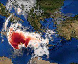 Στροφή προς τα νότια θα κάνει ο «Ιανός» – Που θα «χτυπήσει» τις επόμενες ώρες