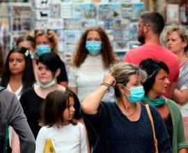 Υποχρεωτική χρήση μάσκας σε δημόσιους χώρους επιβάλλει το Μόναχο