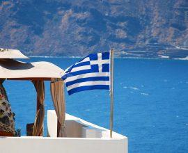 Κατάρρευση εσόδων από τον τουρισμό το επτάμηνο- Μείωση 84%