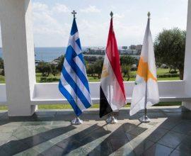 Στην Κύπρο ο Πρωθυπουργός για την Τριμερή Σύνοδο Ελλάδας-Κύπρου-Αιγύπτου – Στο επίκεντρο οι τουρκικές προκλήσεις