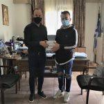 Δωρεά μασκών από φοιτητή Δασοπονίας στον Δήμο Μουζακίου
