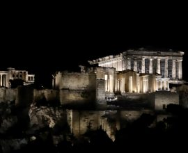 Πατούλης: «Στις δύσκολες εποχές που ζούμε το μοναδικό φως της Ακρόπολης εκπέμπει πανανθρώπινο μήνυμα ελπίδας και αισιοδοξίας»