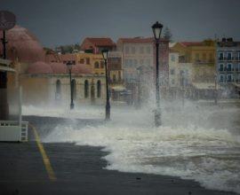 Για τέταρτη ημέρα συνεχίζονται οι έντονες βροχοπτώσεις σε Κυκλάδες και νομό Χανίων