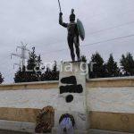 Εθνομηδενιστές βεβήλωσαν το μνημείο του Λεωνίδα στις Θερμοπύλες