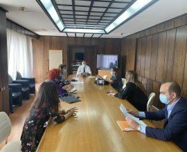 Συνάντηση Θεοδωρικάκου με εκπροσώπους φιλοζωικών σωματείων