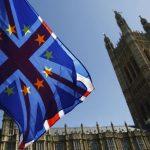 Brexit: Ξεκινούν οι διαπραγματεύσεις Βρυξελλών-Λονδίνου για την εμπορική συμφωνία