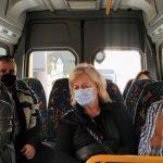 Βόλτα με τα νέα mini bus για τον Δήμαρχο Ηρακλείου Βασίλη Λαμπρινό
