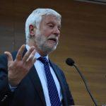 Τατούλης: «Κύριε Νίκα, όσοι υπερβολικά ηθικολογούν… συνήθως είναι βαθιά διεφθαρμένοι!»