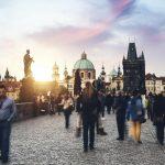 Τσεχία: Απαγόρευση κυκλοφορίας, περιορισμοί λειτουργίας σε καταστήματα λιανικής