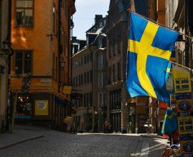 Κορονοϊός: Υπό πίεση τα νοσοκομεία στη Σουηδία – Διπλασιάστηκαν οι ασθενείς στις ΜΕΘ
