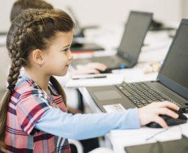 Πρωταθλητές στο e-learning τα παιδιά του νηπιαγωγείου, όμως θέλουν πίσω το σχολείο τους