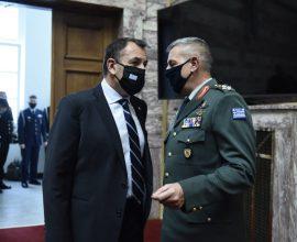 Η τουρκική επιθετικότητα επιταχύνει τα εξοπλιστικά προγράμματα των ΕΔ