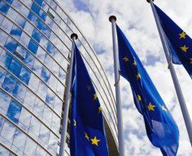 Η Ευρωπαϊκή Επιτροπή ενέκρινε την αγορά εως 160 εκατ. δόσεων του εμβολίου της Moderna