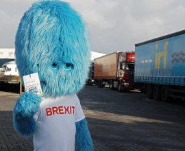 Το «τέρας του Brexit» στο λιμάνι του Ρότερνταμ προειδοποιεί τους Ολλανδούς για τις συνέπειες