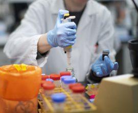 Τεστ αίματος μπορεί στο μέλλον να δείχνει κατά πόσο ένα εμβόλιο «δουλεύει»