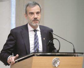 Ζέρβας: «Δέσμη μέτρων για τη στήριξη των επαγγελματιών που πλήττονται από την υγειονομική κρίση»