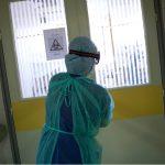 Κορονοϊός: 612 διασωληνωμένοι και 98 νεκροί – 1.667 νέα κρούσματα