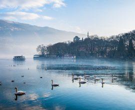 Δήμος Ιωαννιτών: Αυστηρότεροι έλεγχοι για την προστασία της λίμνης