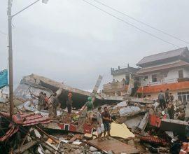 Ινδονησία: Στους 56 οι νεκροί από τον ισχυρό σεισμό 6,2 Ρίχτερ