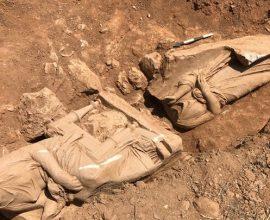 Εντυπωσιακή ανακάλυψη στον Δήμο Παιανίας: Επιτύμβιο μνημείο με δυο γυναικείες μορφές