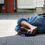 Ασπίδα προστασίας του Δήμου Αθηναίων για τους άστεγους