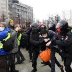 Κρατική βία στη Ρωσία-Πάνω από 3.300 συλλήψεις του καθεστώτος Πούτιν
