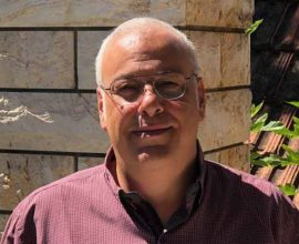 """Καταγγελία Μπαρμπούνη: """"Αύγουστος ο μήνας των απευθείας αναθέσεων για τον Δήμο Ηρακλείου"""""""