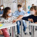 Σοβαρές συνέπειες στη συναισθηματική και κοινωνική ανάπτυξη των παιδιών έχουν πανδημία και lockdown