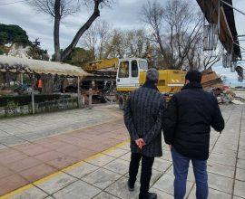 """Δήμος Θεσσαλονίκης: """"Ανασαίνει"""" το Πάρκο Ξαρχάκου – Κατεδαφίζεται το καμένο αναψυκτήριο"""