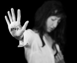 ΚΕΔΕ: Προτεραιότητα η αντιμετώπιση της σεξουαλικής παρενόχλησης και βίας