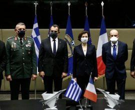 Υπεγράφη η συμφωνία για την αγορά των 18 γαλλικών μαχητικών Rafale
