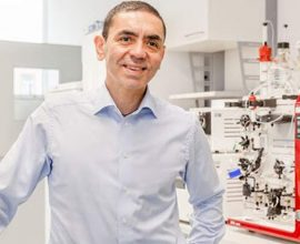 Συνιδρυτής BioNTech: «Έως τέλος καλοκαιριού θα τεθεί η πανδημία υπό έλεγχο»- Πιθανή τρίτη δόση