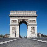 Προς lockdown τριών εβδομάδων το Παρίσι