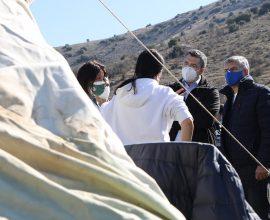 Στις σεισμόπληκτες περιοχές της Θεσσαλίας ο Απ. Τζιτζικώστας