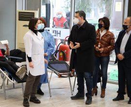 ΠΚΜ: Μαζική η προσέλευση των πολιτών στη δράση εθελοντικής αιμοδοσίας της Περιφέρειας