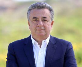Την άμεση λειτουργία εμβολιαστικών κέντρων στην Κρήτη ζητά ο Στ. Αρναουτάκης