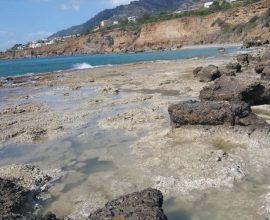Κρήτη: Yποχώρησε η στάθμη της θάλασσας σε πολλές περιοχές – Τι λένε οι ειδικοί