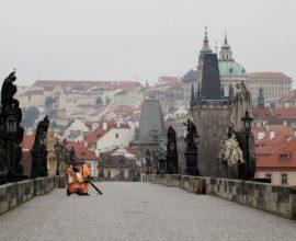 Κορονοϊός: Η Τσεχία αυστηροποιεί το lockdown
