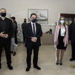 Ο Δήμαρχος Πειραιά υποδέχθηκε τον Υφυπουργό Ψηφιακής Διακυβέρνησης στο κεντρικό ΚΕΠ Πειραιά