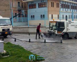 Πλύσιμο παραποτάμιων οδών στην πόλη της Φλώρινας