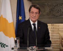 Κύπρος: Συνάντηση Αναστασιάδη – Λουτ στη Λευκωσία εν όψει Πενταμερούς