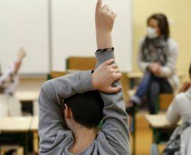 Σχολεία: Πότε ανοίγουν Γυμνάσια και Δημοτικά