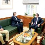Συνάντηση Αρναουτάκη-Πλακιωτάκη στην Περιφέρεια Κρήτης για το λιμάνι Ηρακλείου και τον ΒΟΑΚ