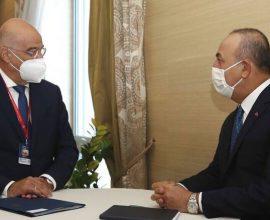 Αναβολή για 24 ώρες της συνάντησης Δένδια Τσαβούσογλου στην Άγκυρα – Χαμηλές προσδοκίες