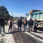 Εργασίες ασφαλτόστρωσης σε αγροτικούς δρόμους του Δήμου Θέρμης