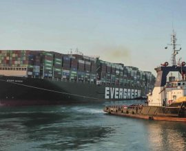Διώρυγα του Σουέζ: Η Αίγυπτος ζητά αποζημίωση 900 εκ. ευρώ για το Ever Given