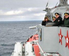 Ανεβαίνει το θερμόμετρο στην Κριμαία- Επιβολή ζωνών ναυσιπλοΐας ανακοίνωσε η Μόσχα