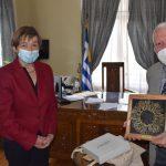 ΠΒΑ: Συνάντηση Περιφερειάρχη Κώστα Μουτζούρη με την Πρέσβη του Βελγίου